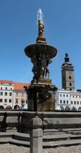 square-czech-budejovice-fountain-491272.jpg